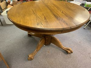 "Claw Foot Oak Dining Table 8 ft (including 2- 24"" leaves) for Sale in Bakersfield, CA"