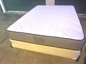❤️ Queen 👑 mattress and box spring for Sale in Raleigh, NC