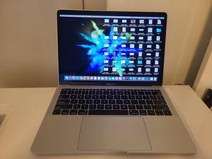 Apple MacBook proc13 2017 like new sliver color with original box for Sale in Vienna, VA