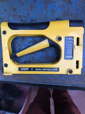Logan staple and nail gun. for Sale in Los Angeles, CA