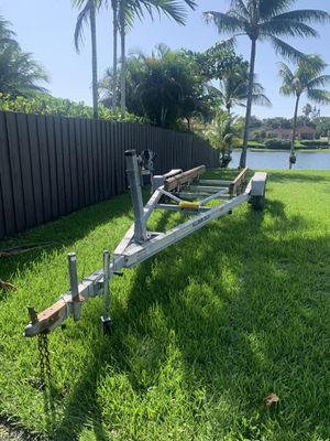 20-23ft Aluminum trailer for Sale in Miami, FL