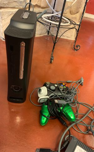 Xbox 360 with controllers 120HDD and games for Sale in Fort Worth, TX