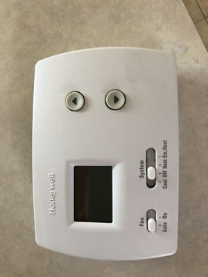 Honeywell thermostat for Sale in Greenville, SC