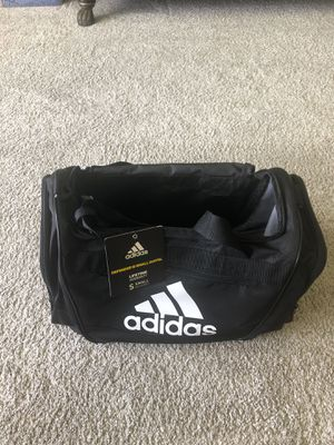 New Workout/Sports duffel bag for Sale in HOFFMAN EST, IL