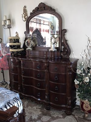 Gorgeous Queen Size Bedroom Set for Sale in Antioch, CA
