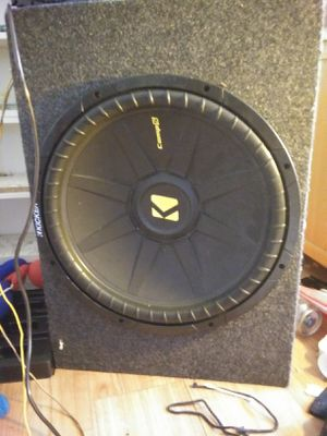 15 inch kiccer for any car audio with the two door side speakers and 1500 watt amp. for Sale in El Cajon, CA