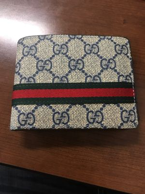 Gucci wallet for Sale in Commerce City, CO