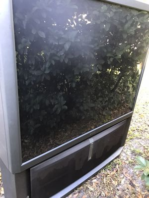 TV works great FREE for Sale in New Port Richey, FL