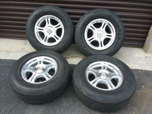 17 inch American Racing alloy rims, fit chevy or GMC 6 lug for Sale in Montebello, CA
