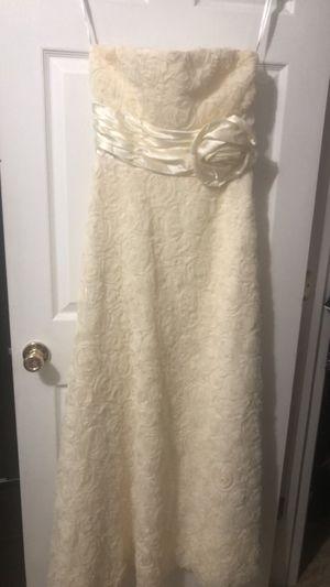 Wedding dress for Sale in Lawrenceville, GA