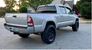 Beautiful 2009 Toyota Tacoma 4WDWheels for Sale in Seattle, WA