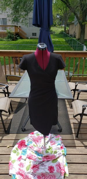 Bisou Bisou black dress sz 4 for Sale in Bolingbrook, IL