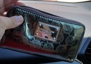 MK Dark Silver Wallet Like New for Sale in Odessa, TX