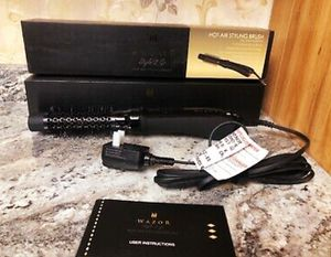 Brand new wazor hot air styling brush see pictures I'm in Fontana for Sale in Fontana, CA