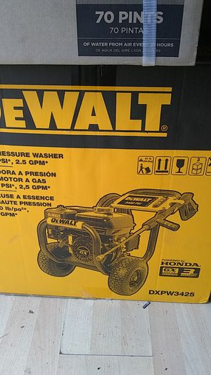 DeWalt gas pressure washer brand new for Sale in Columbus, OH