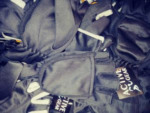 Bike Track jogging gloves big kids Women and Men for Sale in Washington, DC