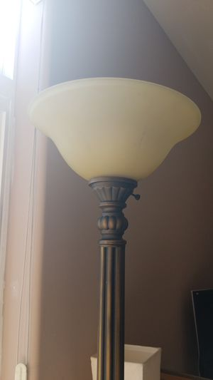 7 Ft Tall Bronze Lamp for Sale in San Diego, CA
