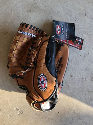 Easton R13 Baseball Glove for Sale in Essex, MD