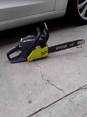 RYOBI 14 in. 2-Cycle Gas Chainsaw for Sale in Garden Grove, CA