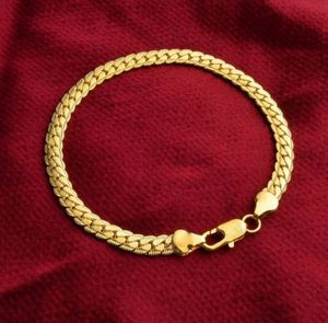 $8 brand new 7.75 inch gold plated bracelet for Sale in Manchester, MO