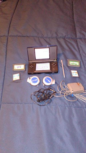 DS light blue headphones wall charger 4 games for Sale in Kenmore, WA