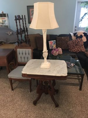 Vintage marble table and lamp for Sale in Clearwater, FL