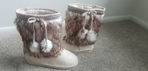 Fabkids Fur Pom Pom Boots, Girls 4, Never Worn for Sale in Lakewood, CO