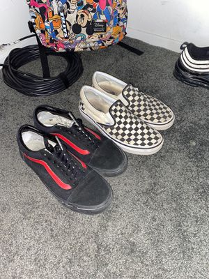 Vans sz 9 (I'll clean them up just throw me prices) for Sale in Brook Park, OH