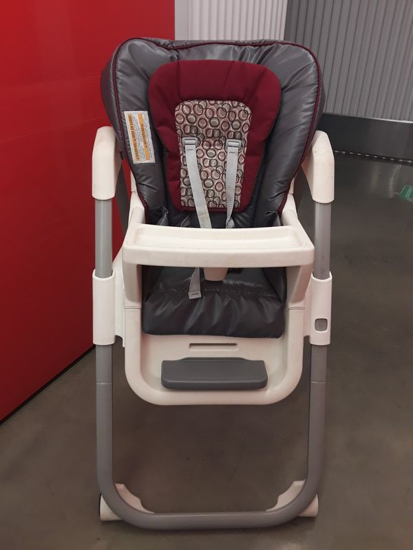 Graco Tablefit High Chair in Rittenhouse Red/Grey/White