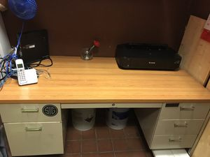 FREE DESK!! for Sale in Lithia Springs, GA