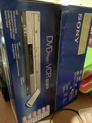 NIB Sony DVD/VCR player SLV-D271P for Sale in Peoria, AZ