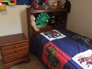Twin bed and nightstand for Sale in Jackson, NJ
