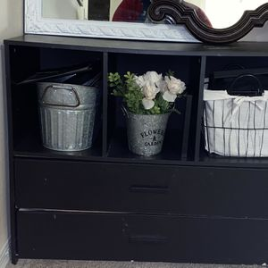 Dresser With 3 Cubbie Space for Sale in Tampa, FL