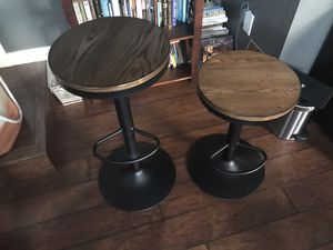 Adjustable bar stools industrial style. Heavy duty excellent condition for Sale in Des Moines, WA