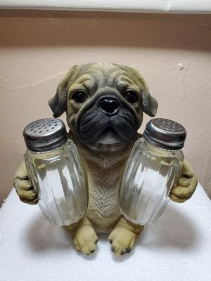FUNNY SALT AND PEPPER SHAKER. for Sale in Miami, FL