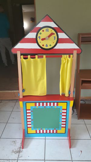 Alex toys puppet theater show for Sale in Charlotte, NC