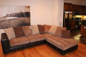 Brown sectional couch for Sale in Houston, TX