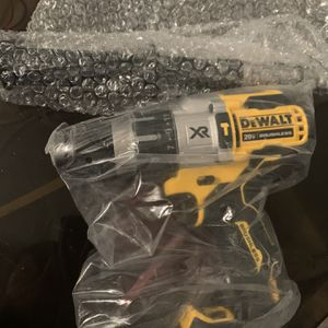 New Dewalt Power Detect Hammer Drill for Sale in Cleveland, OH