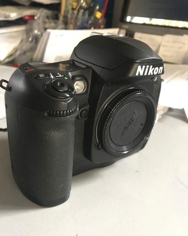 Nikon D100 Digital Camera Body