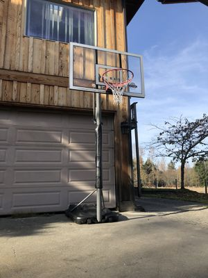 "Lifetime Basketball Hoop (60"" backboard) for Sale in Duvall, WA"