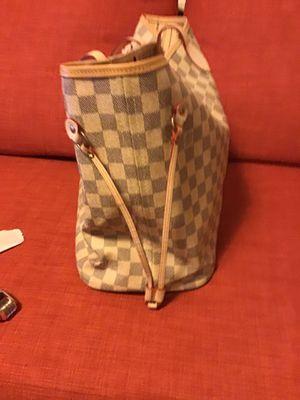 Louis Vuitton monogram bag. for Sale in Camas, WA