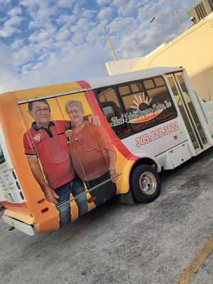 Cuidado de anciano de dia for Sale in Miami, FL