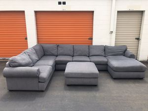 Gray Sectional Couch w/ottoman -I can deliver for Sale in San Diego, CA
