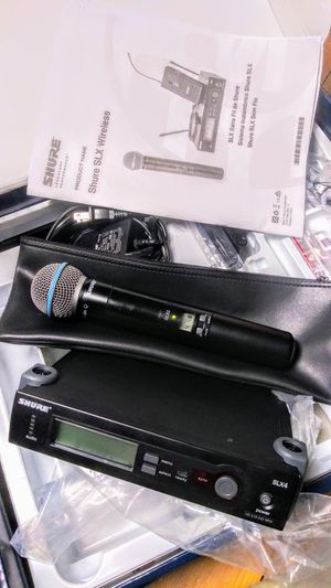 Shure wireless microphone for Sale in Los Angeles, CA