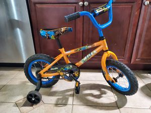 """12"""" kids bike & helmet for Sale in Sully Station, VA"""