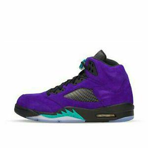 Jordan 5s Retro Alternate Grape for Sale in Stockton, CA
