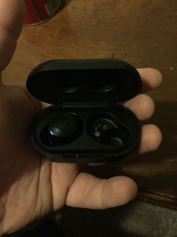 JLAB wireless earbuds missing an earbud