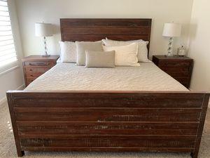 5-piece California king bedroom set for Sale in Fresno, CA
