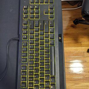 Razer Cynosa Chroma Membrane Keyboard. for Sale in Brooklyn, NY
