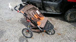 Double jogging stroller for Sale in Kittanning, PA